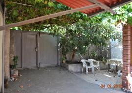 2 комнаты под ключ - внутренний дворик  отдых в Алупке