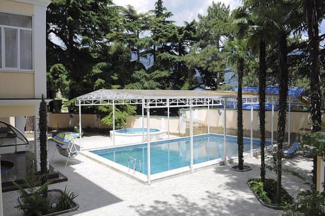 Ялта   гостиница  бассейн  цены